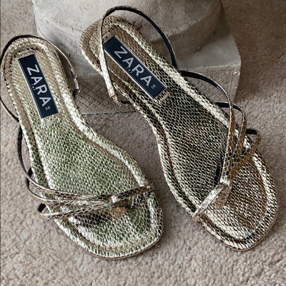 Zara gold metallic one toe sling back flat sandals